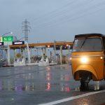 AutoRickshaw 夜の海底トンネルバトル!!